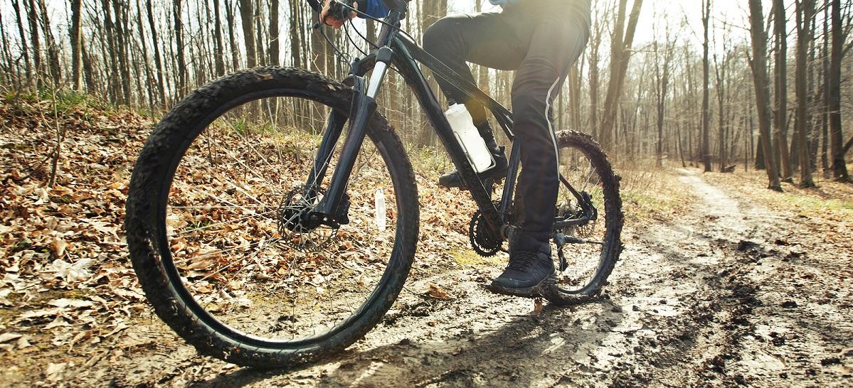 Mountainbike met kleinere en dunnere wielen voor Cross-country rijden